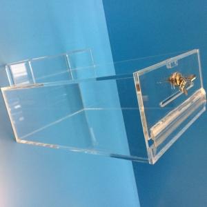 lockable acylic box